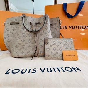 Louis Vuitton Girolata Bag in Mahina Calf